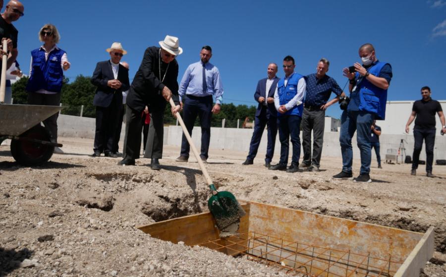 Papa Francesco: nuova donazione per il campo rifugiati di Lipa in Bosnia Erzegovina